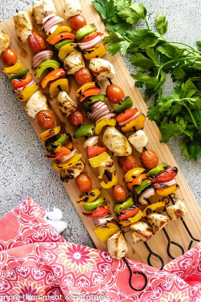 The kebabs have grilled and are ready to serve.